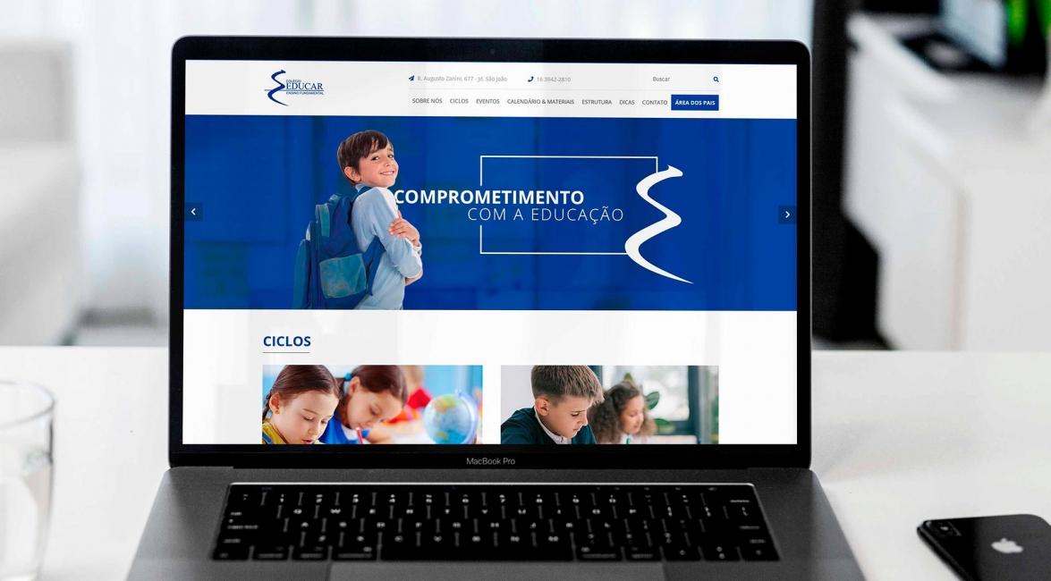 Criação Website Colégio Educar